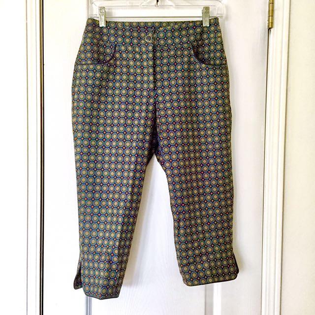 Chic Patterned Capri Pants