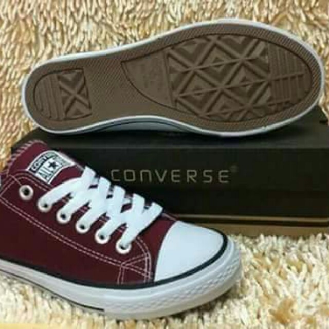 when converse shoes invented