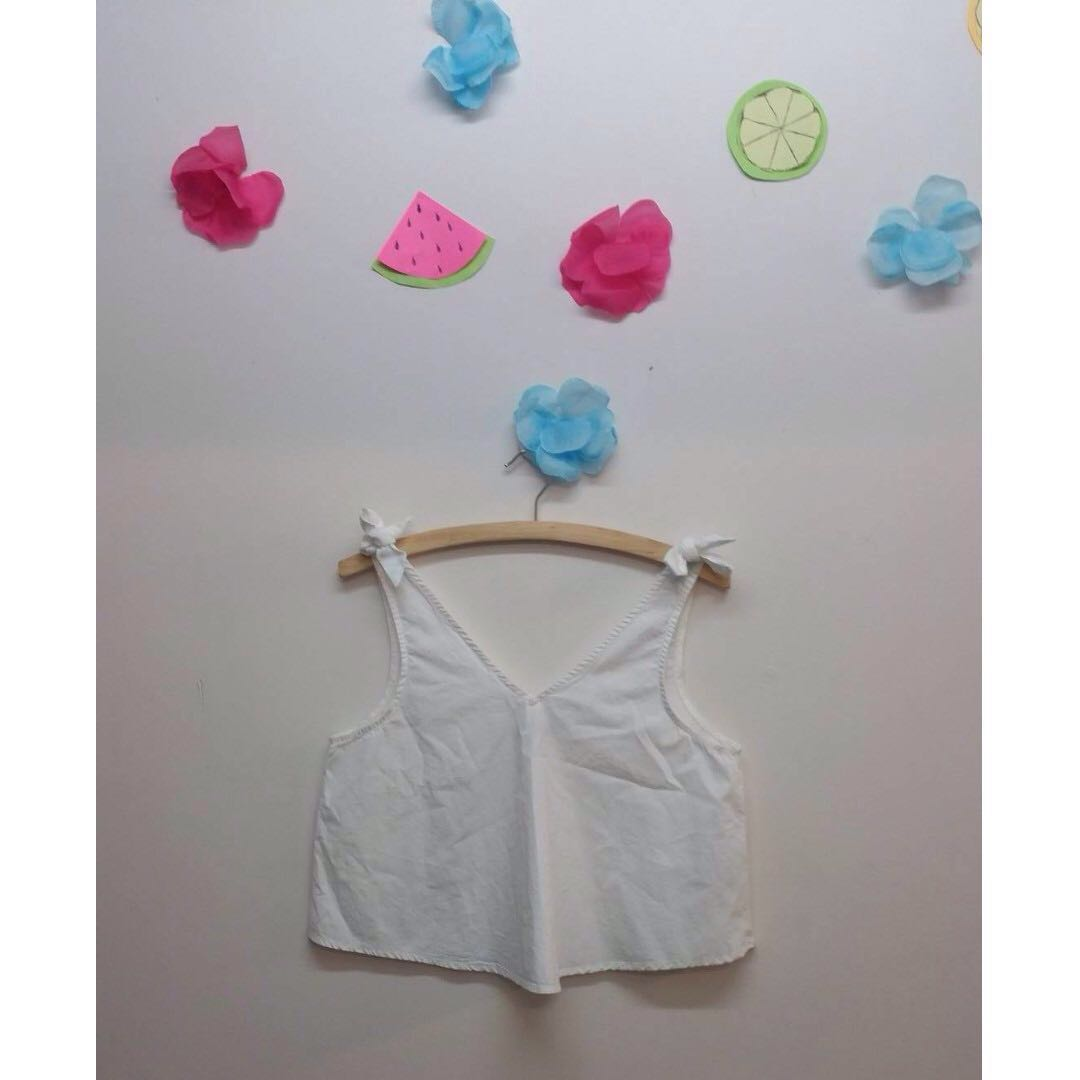 Cotton On white singlet crop top