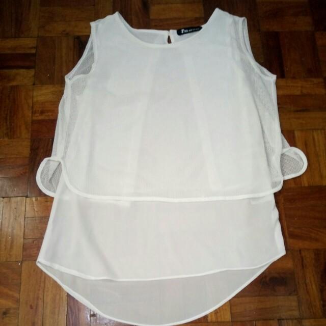 Cute white blouse 👚