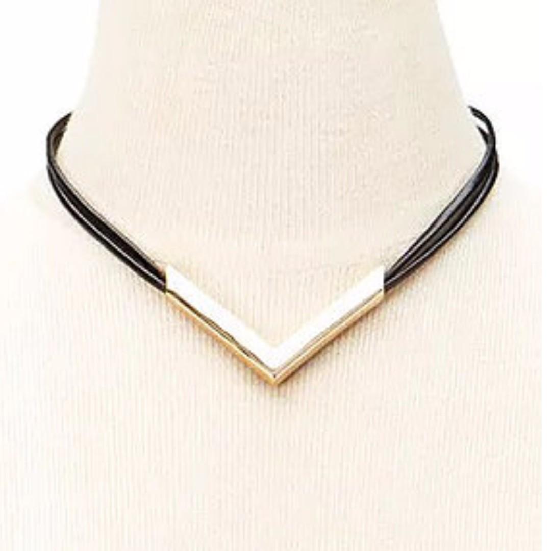 Golden Arrow Choker Necklace