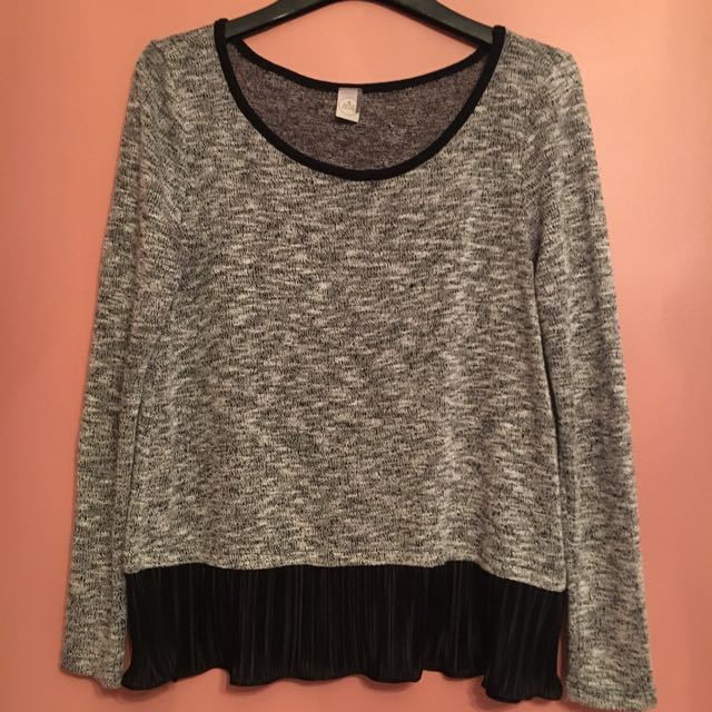 Grey loose top!!