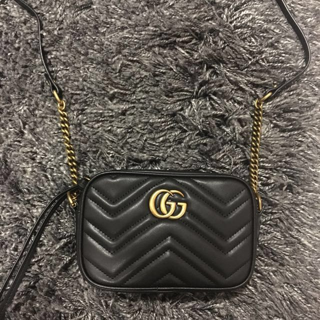 b8180dfa5a91 Gucci GG Marmont Mini, Women's Fashion, Bags & Wallets on Carousell