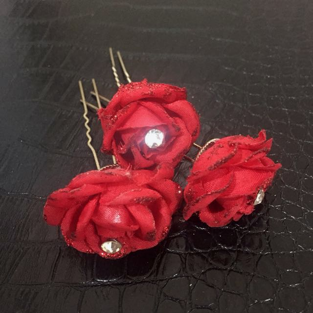 Hair pin flower