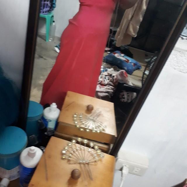 Halter elegant gown- Karimadon