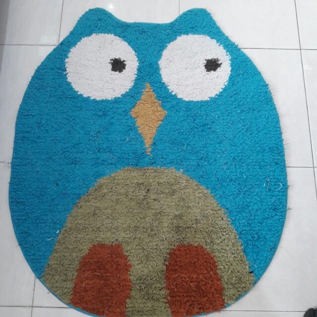 Karpet owl besar
