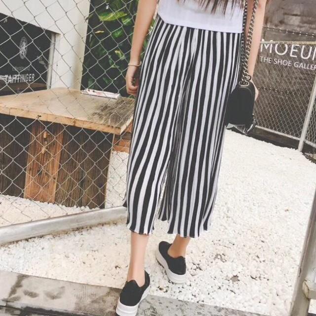 Korean square pants/stripe