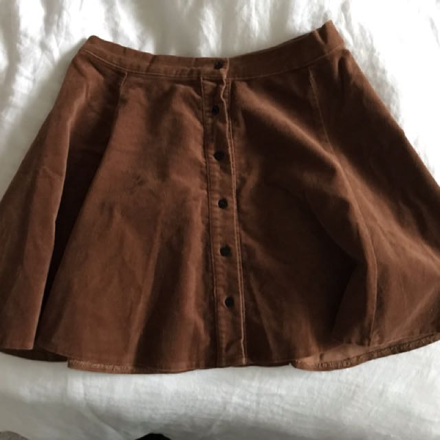 Like New BM corduroy skirt