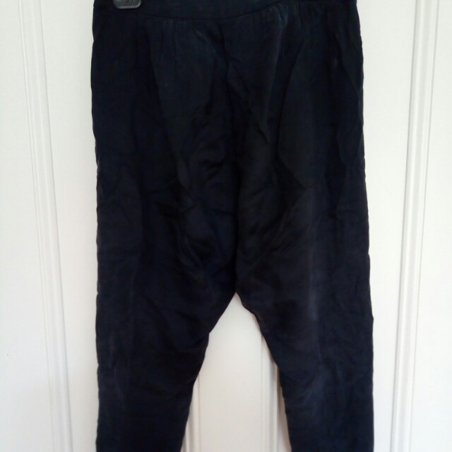 Low-rise navy izzue pants