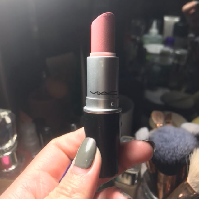 Mac lipstick shade: angel