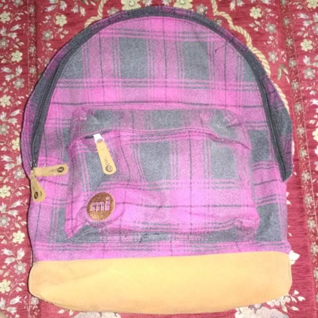 Mi pac pink backpack