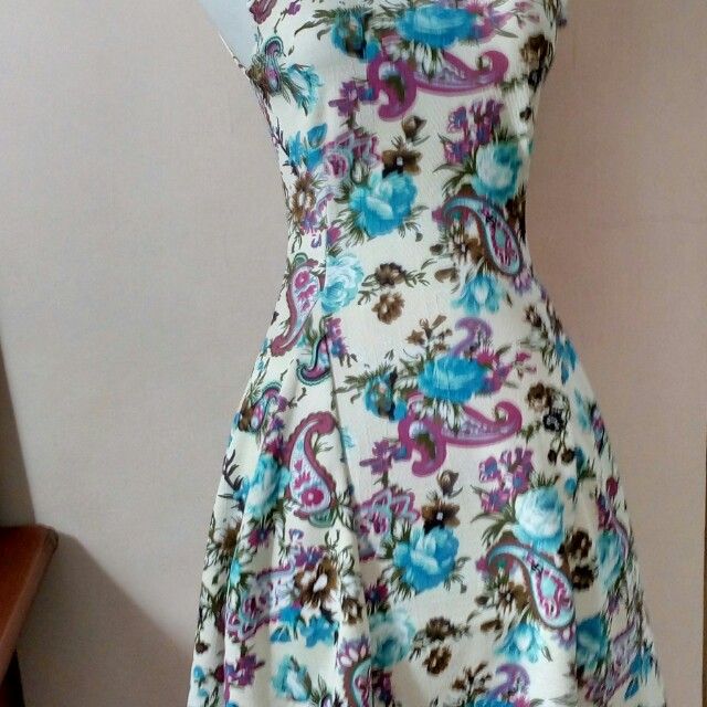 Mini dress flowers cantik