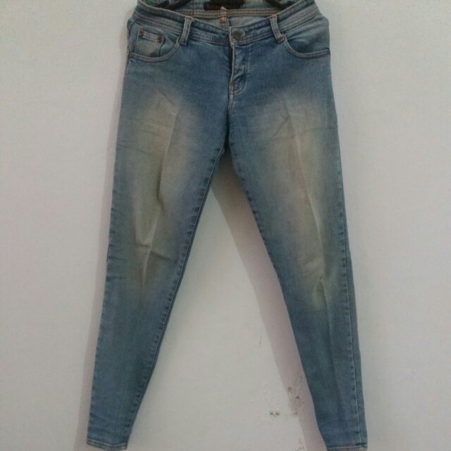 Nudie jeans size 29