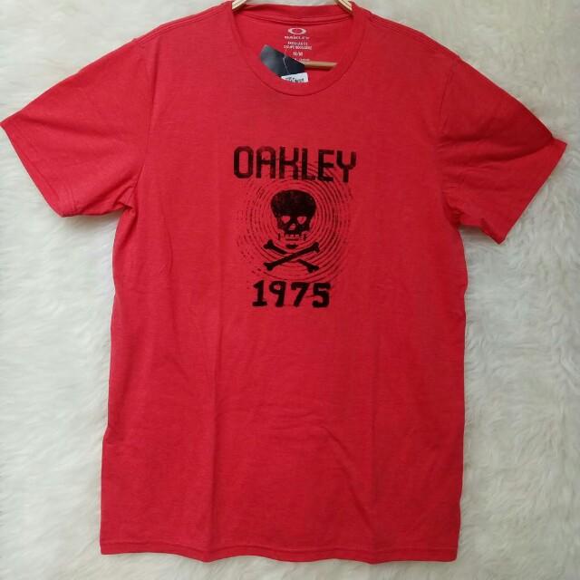 Oakley T-Shirt / Kaos Oakley Original Size M