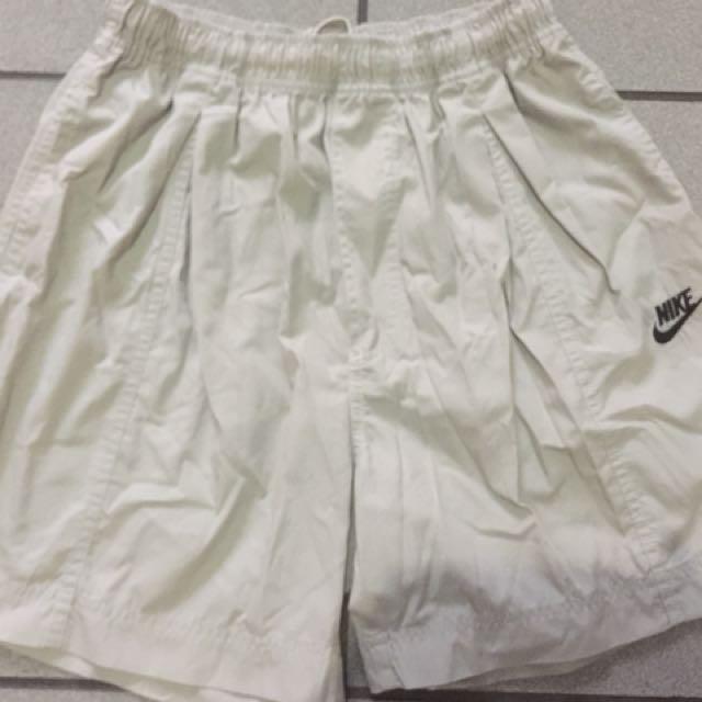 Pre-loved Nike Shortpants