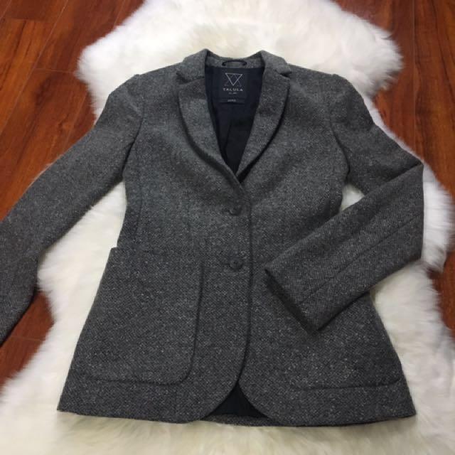 *Price Drop* Aritzia Talula Wool Blazer Size ZERO