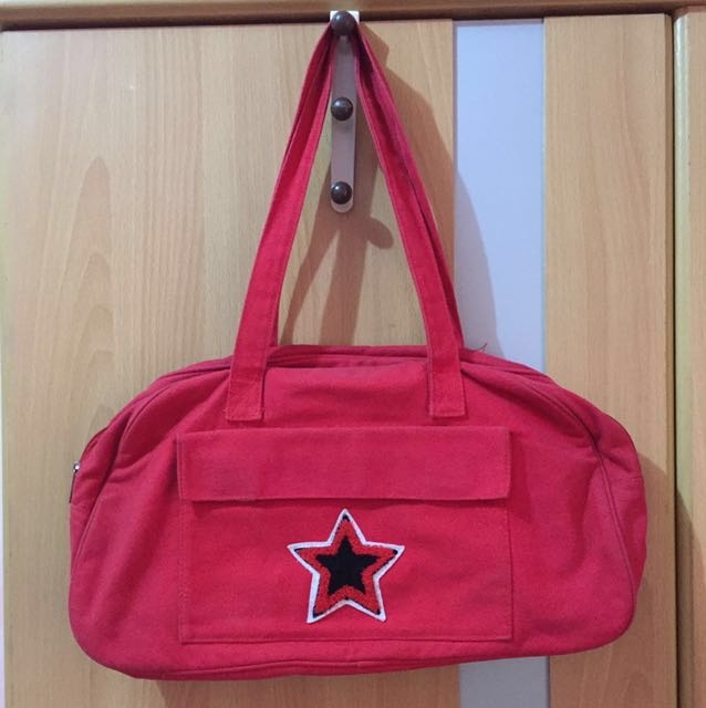 Red star bag