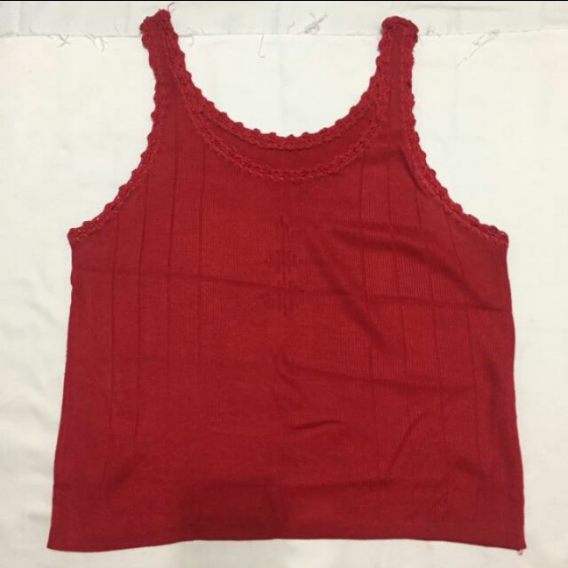Red tanktop for 2