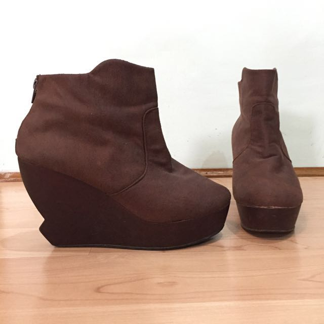 !!REPRICED!!✨ Brown Boots