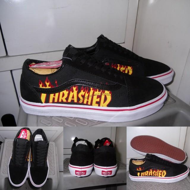 70f2173cf7 Sepatu Kets Sneakers Vans Old Skool Thrasher Black Red Hitam