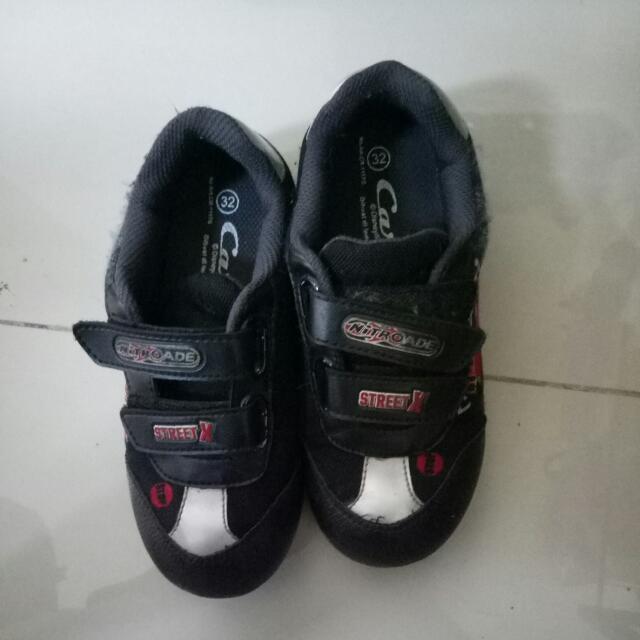 Sepatu Mcqueen Anak Size 32