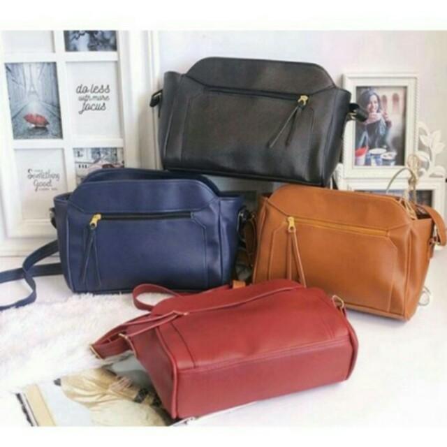 sling bag/tas slempang/model stradivarius