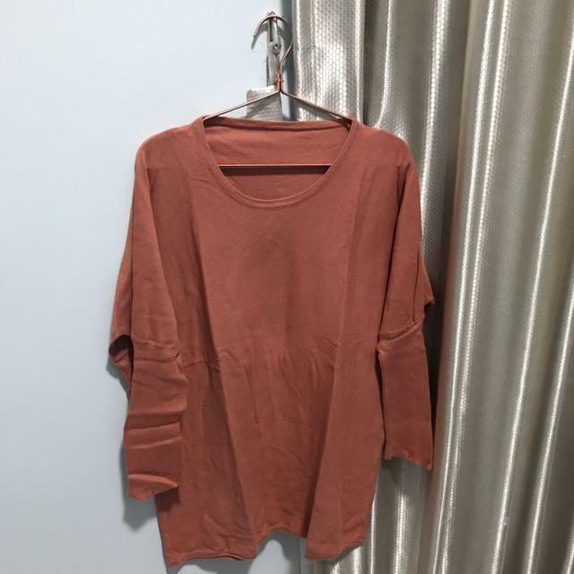 Sweater Coklat Bata