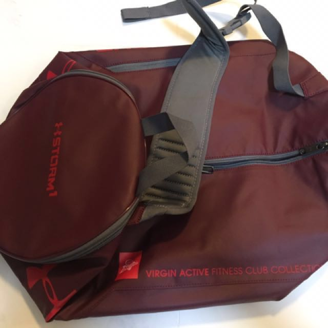 Under Armour Isolate Duffel Bag - Virgin Active 7cc253708e586