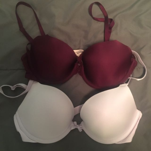 VICTORIA SECRET BRA BUNDLE