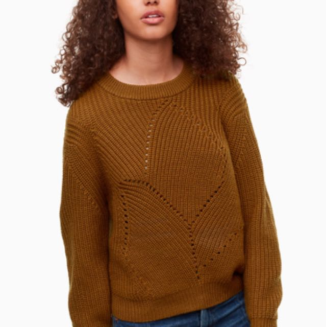 Wanted: Aritzia Wilfred serment sweater