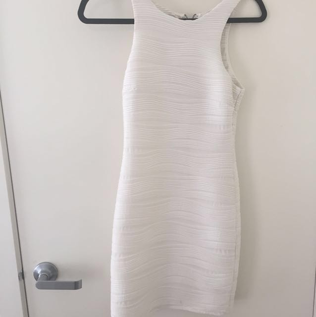 White high neck dress