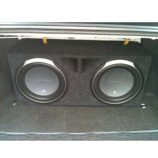 2x Rockford Fosgate Woofers with box
