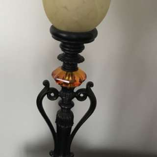 Bombay & Co. accent table lamp