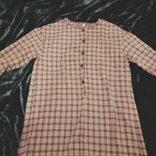 棕格子襯衫裙