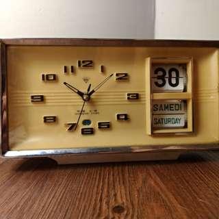 早期上海 機械鐘 翻頁日期 鬧鐘 機械錶