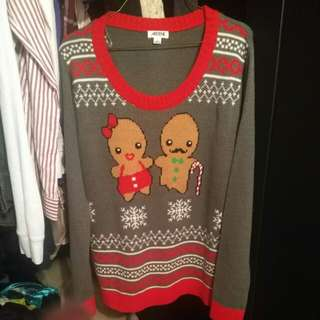 REDUCED: XMAS SWEATER