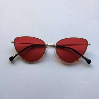 RED LENS CAT EYE GLASSES SUNGLASSES