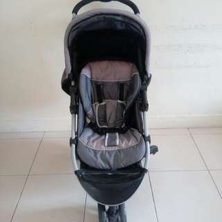 [Further Reduced] Sweet Cherry stroller