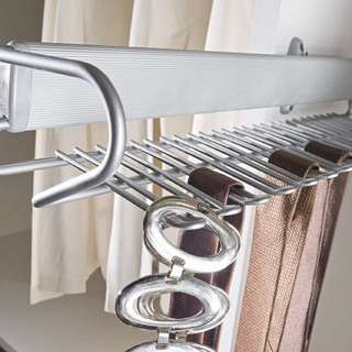 SIDE-MOUNTED PULL-OUT TIE AND BELT RACK
