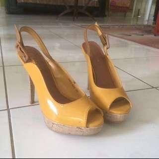 Bellagio Yellow Pump Heels #SSS #prelovedkusayang