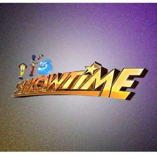 IT'S SHOWTIME Experience with Studio Tour