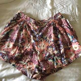Billabong x cleo shorts