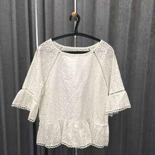 White flower blouse ( size L )