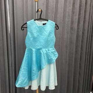 Baby blue dress ( size s )