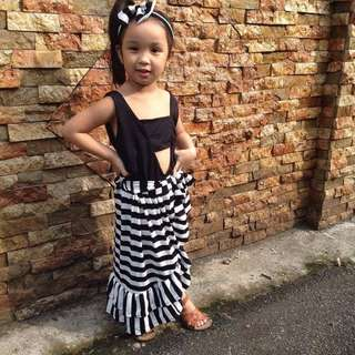 Top and skirt 4t