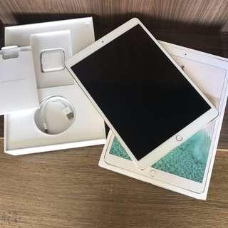 Apple iPad Pro 10.5吋 pro10.5 金色WiFi 256G 完整盒裝 極新無傷 台灣公司貨