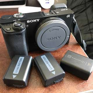 Sony A6000 body only with 3battery