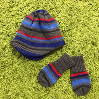 Boy's Mothercare Winter Hat and Gloves 3-6months