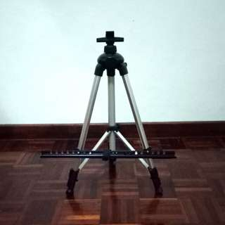 Easel Stand for Artworks