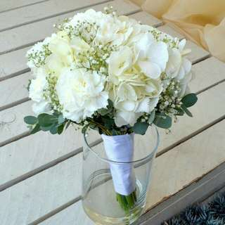 White hydrangea and carnation Bouquet - 0047